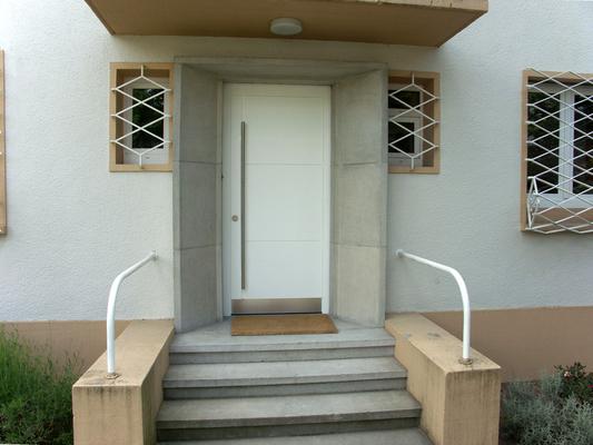 Türen/raumteilerhaustüren   2/2   schreinerei bachhuber